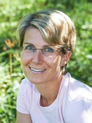 Vermittler Elke Holzinger